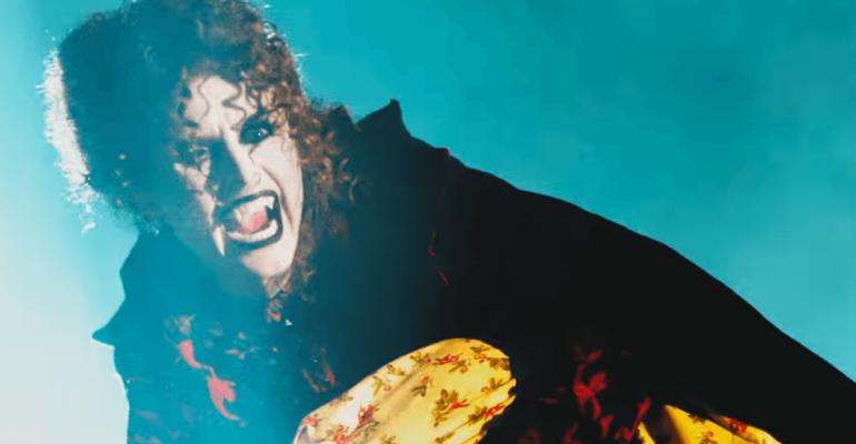 """Sensuum Defectui, il nuovo video """"horror"""" di Kiesza"""