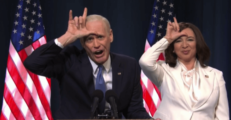 Jim Carrey e Maya Rudolph diventano Joe Biden e Kamala Harris al SNL, lo sketch in cui perculano Trump