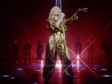 Kylie Minogue canta Say Something con il CORO GOSPEL, il fantastico live