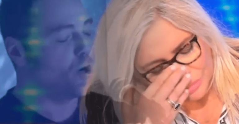 Tiziano Ferro, primo live di Morirò d'Amore  di Giuni Russo – video