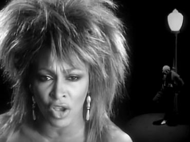 40 anni dopo, finalmente, What's Love Got to do With it di Tina Turner torna in bianco e nero (e in HD)