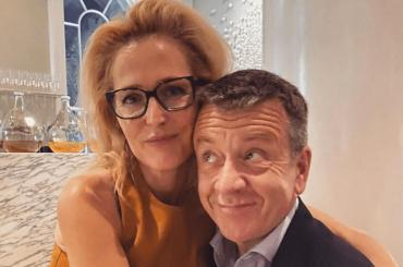 Gillian Anderson e Peter Morgan, creatore di The Crown, si sono lasciati