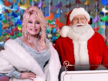 Gwen Stefani e Dolly Parton cantano per l'accensione dell'albero al Rockefeller Center – i video