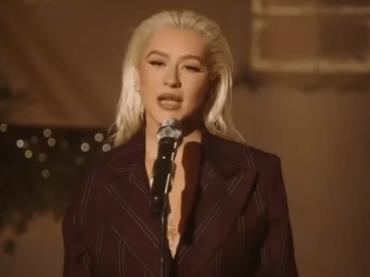 Christina Aguilera canta Have Yourself a Merry Little Christmas (e non solo) – video