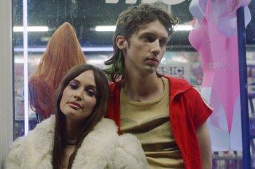 Troye Sivan con Kacey Musgraves per il remix di Easy firmato Mark Ronson, il video ufficiale