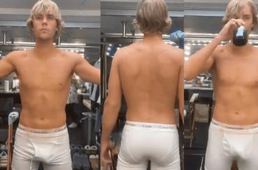 Justin Bieber in mutande, pacco e chiappe social per Anyone – le foto e il video