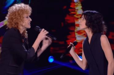 Giorgia e Fiorella Mannoia, primo storico duetto sulle note di Lucio Dalla – video