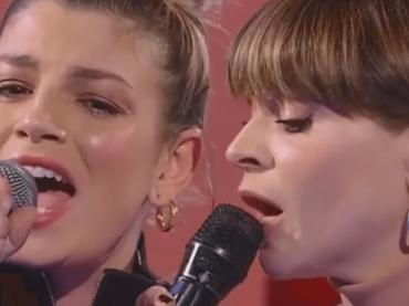 Emma e Alessandra Amoroso, super live di Pezzo di Cuore ad Amici – video