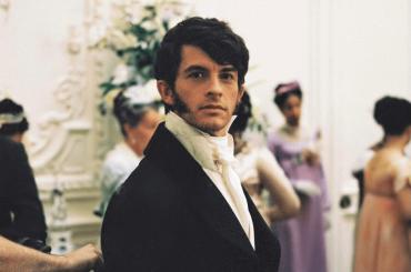 Bridgerton, ufficiale il rinnovo per una seconda stagione con Jonathan Bailey protagonista – video