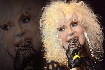 """Donatella Rettore: """"se il Festival di Sanremo fosse più corto parteciperei volentieri come cantante in gara"""""""