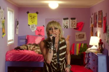 """Miley Cyrus in concerto da """"casa"""", il video"""