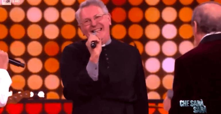 Don Bruno show, è trionfo queer con i Ricchi e Poveri a Che Sarà Sarà – VIDEO