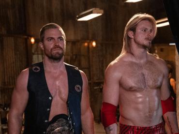 Heels, trailer italiano della serie con Stephen Amell e Alexander Ludwig wrestler