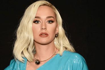 """Katy Perry nera: """"i social sono spazzatura, il declino della civiltà umana"""""""