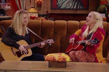 Friends The Reunion, Lady Gaga e Lisa Kudrow cantano Gatto Rognoso, il video