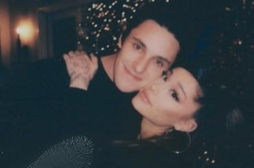 Ariana Grande ha sposato Dalton Gomez