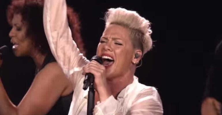 All I Know So Far, il trailer del docu-concerto Amazon di Pink – VIDEO