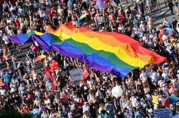 """L'Ungheria come la Russia: Approvata legge contro la """"promozione dell'omosessualità"""" (ma l'Ungheria è EUROPA)"""