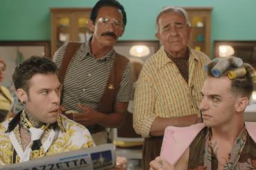 Fedez, Achille Lauro e Orietta Berti cantano MILLE, il video ufficiale