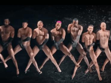 Rainin' Fellas, tutti nudi nel nuovo video di Todrick Hall