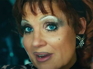 "Jessica Chastain irriconoscibile nel trailer di ""The Eyes of Tammy Faye"" – VIDEO"