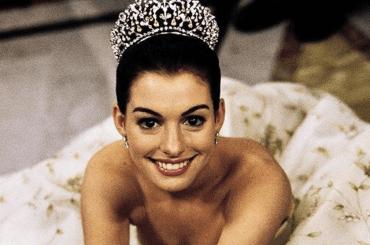 Anne Hathaway festeggia i 20 anni di Pretty Princess