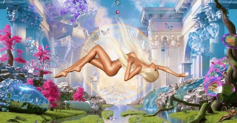 Donatella Versace nuda come Lil Nas X per lanciare la sfilata primavera-estate 2022