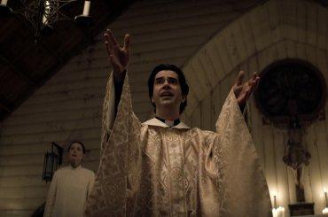 Midnight Mass, il trailer della nuova serie horror ideata dal creatore di The Haunting