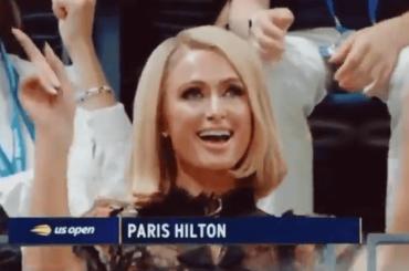 US Open 2021, Paris Hilton show sugli spalti appena parte Stars are Blind – il video è virale